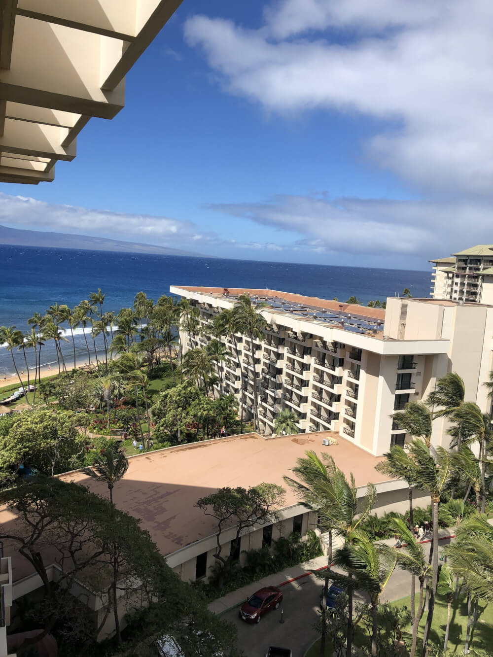 3 Day Maui Itinerary with Kids featured by top Hawaii travel blog, Hawaii Travel with Kids: Staying on Maui with kids? The Hyatt Regency Maui in Kaanapali is a great place to stay for families with kids