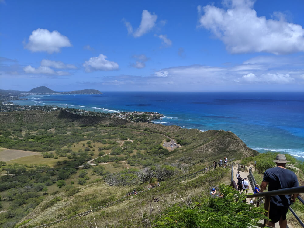 4 Days in Oahu: a Complete Travel Guide for your Next Family Vacation on a Budget, featured by top Hawaii travel blog, Hawaii Travel with Kids: Diamond Head, Oahu
