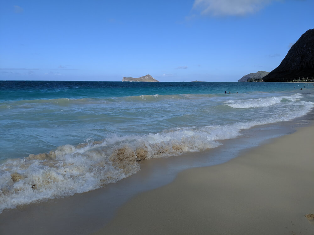 4 Days in Oahu: a Complete Travel Guide for your Next Family Vacation on a Budget, featured by top Hawaii travel blog, Hawaii Travel with Kids: Waimanalo Beach, Oahu