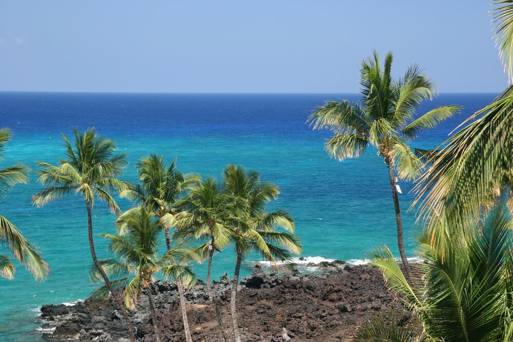 The Best Things to Do in Kona, Hawaii featured by top Hawaii blog, Hawaii Travel with Kids.