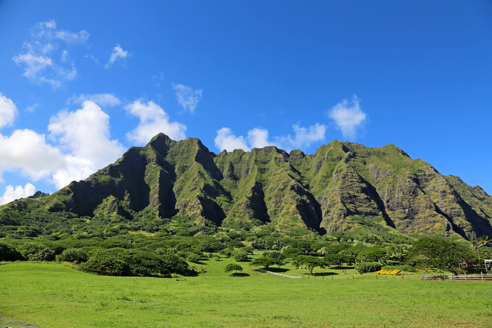 50 Best Places to Visit in Hawaii with your Family featured by top Hawaii blog, Hawaii Travel with Kids: Kualoa Ranch on Oahu