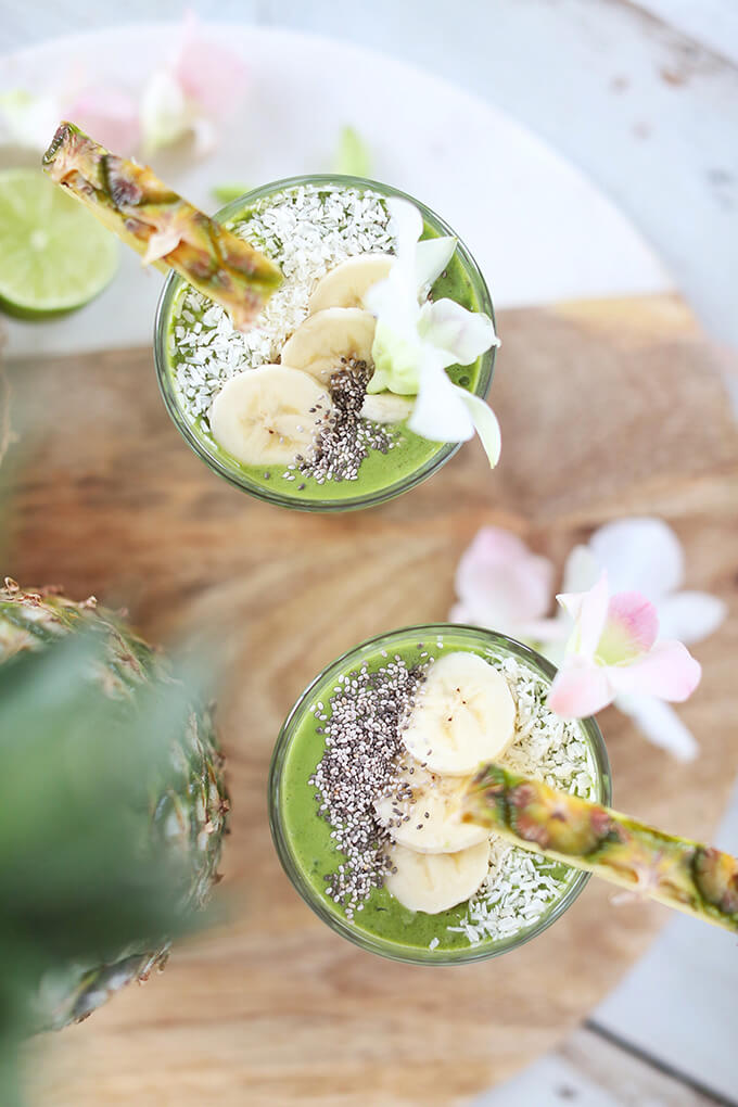 Hawaiian Tropical Smoothie Recipes to Make at Home featured by top Hawaii blog, Hawaii Travel with Kids: Tropical Zinger Green Smoothie | #dairyfree #glutenfree #refinedsugarfree // JustineCelina.com