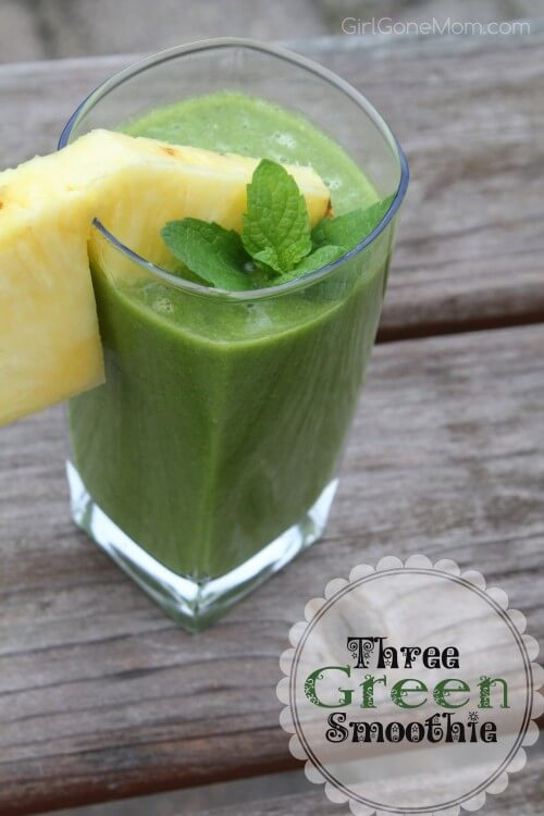 Hawaiian Tropical Smoothie Recipes to Make at Home featured by top Hawaii blog, Hawaii Travel with Kids: Three Green Smoothie Recipe | GirlGoneMom.com