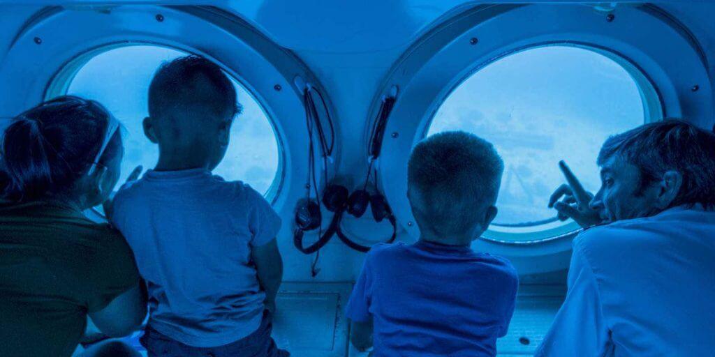 Atlantis Submarine kid-friendly Waikiki tour