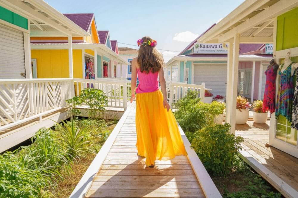 Top 12 Best Photo Opportunities on Kauai featured by top Hawaii travel blog, Hawaii Travel with Kids: One of the best photo opportunities on Kauai is the NoKa Fair in Kapaa.
