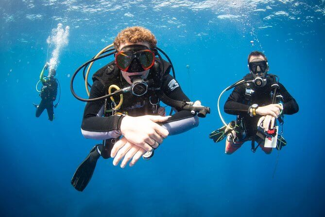 Top 25 Things to do in Poipu, Kauai featured by top Hawaii blog, Hawaii Travel with Kids: kauai scuba diving
