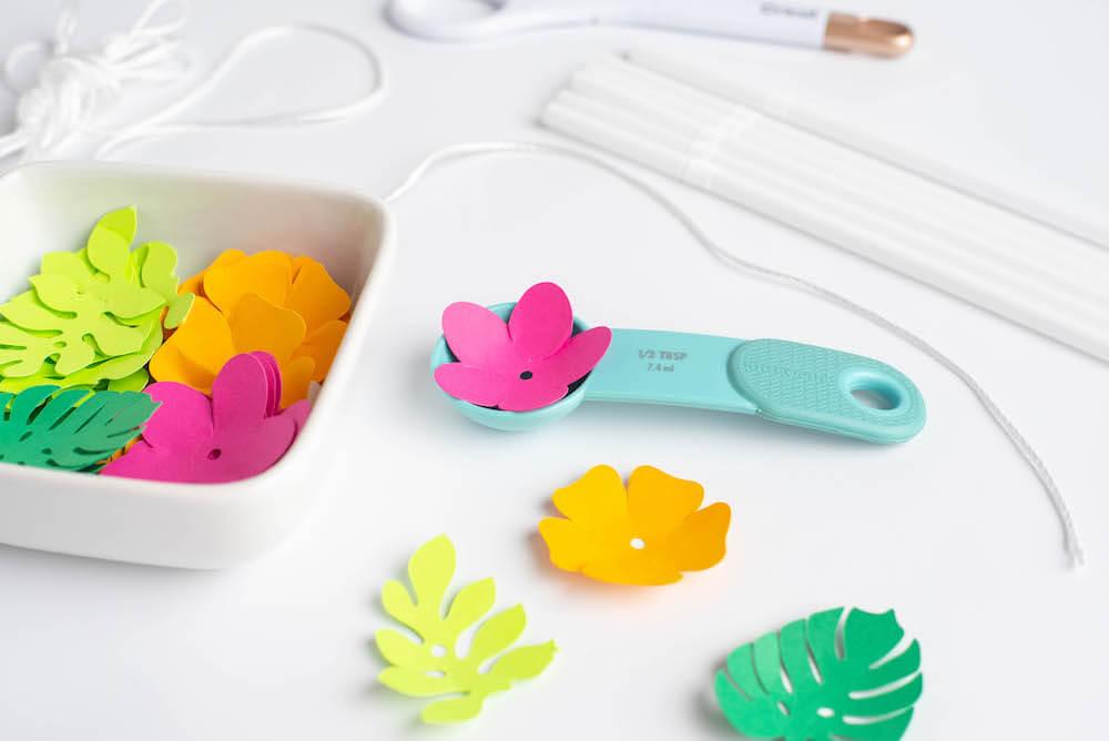 DIY Hawaiian Luau Decorations: Hawaiian Paper Lei Craft by top Hawaii blog Hawaii Travel with Kids