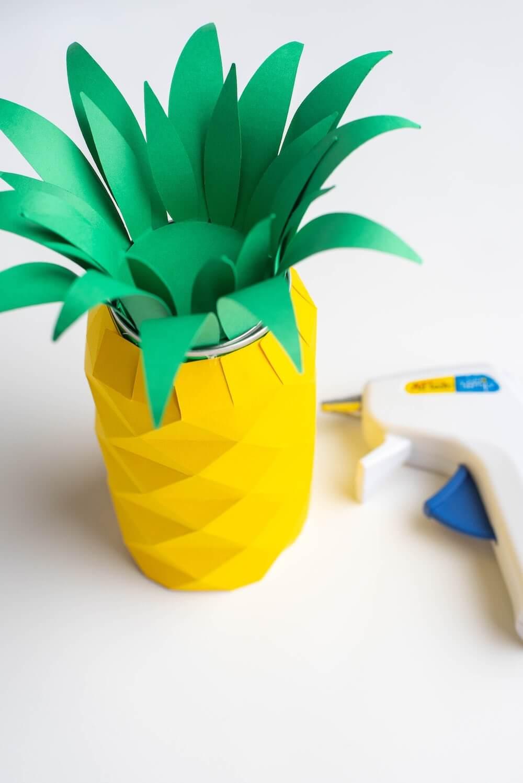 DIY Hawaiian Luau Decorations: DIY Pineapple Centerpiece (Cricut Craft) featured by top Hawaii blog, Hawaii Travel with Kids