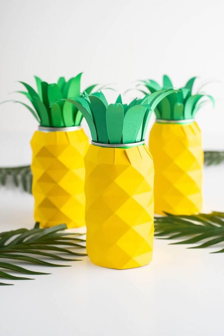 Hawaiian luau decorations: pineapple centerpiece by top Hawaii blog Hawaii Travel with Kids