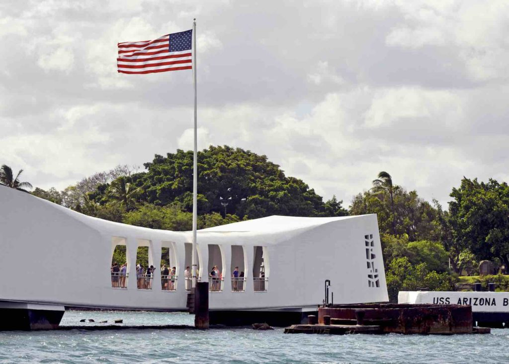 Find out how to plan a Military Vacation to Hawaii by top Hawaii blog Hawaii Travel with Kids. Image of the USS Arizona memorial at Pearl Harbor on the island of Oahu, Hawaii.